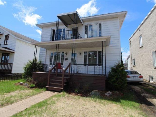 Duplex à vendre à Dolbeau-Mistassini, Saguenay/Lac-Saint-Jean, 761 - 763, boulevard  Wallberg, 11986766 - Centris.ca
