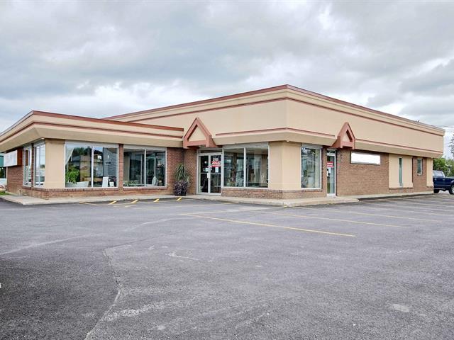 Bâtisse commerciale à vendre à Châteauguay, Montérégie, 210, boulevard  Saint-Jean-Baptiste, 23137995 - Centris.ca