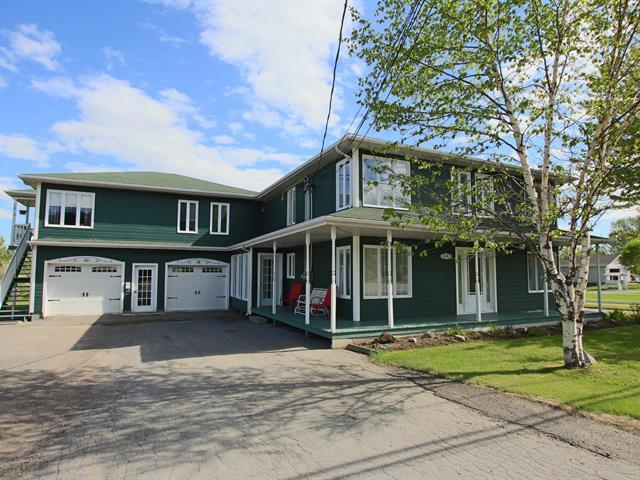Triplex à vendre à Saguenay (Chicoutimi), Saguenay/Lac-Saint-Jean, 1843 - 1847, Chemin de la Réserve, 24831119 - Centris.ca