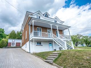 Duplex à vendre à Boischatel, Capitale-Nationale, 5719 - 5721, Avenue  Royale, 10303823 - Centris.ca