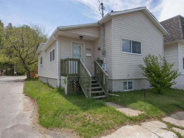 Maison à vendre à Saguenay (Chicoutimi), Saguenay/Lac-Saint-Jean, 1143, Rue  Henri-Martin, 27465659 - Centris.ca