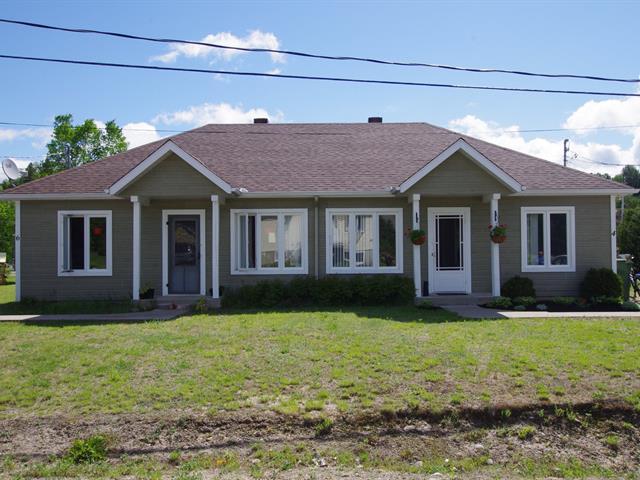 Duplex à vendre à Brébeuf, Laurentides, 4 - 6, 1re Avenue, 19699036 - Centris.ca