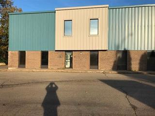 Local industriel à vendre à Saint-Eustache, Laurentides, 576 - 580, boulevard  Industriel, 25720739 - Centris.ca