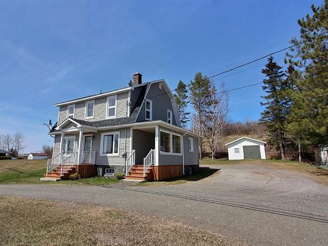 House for sale in Nouvelle, Gaspésie/Îles-de-la-Madeleine, 588, Route  132 Est, 18033629 - Centris.ca