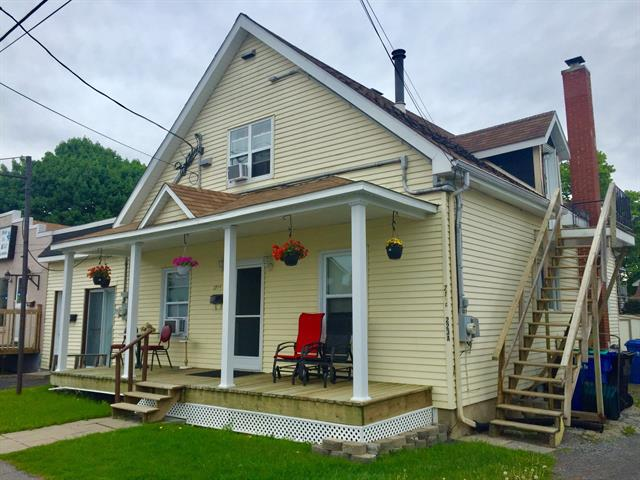 Quintuplex à vendre à Salaberry-de-Valleyfield, Montérégie, 221 - 223A, Rue  Champlain, 20545132 - Centris.ca
