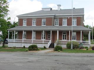 Immeuble à revenus à vendre à East Broughton, Chaudière-Appalaches, 228, Rue  Principale, 17117207 - Centris.ca