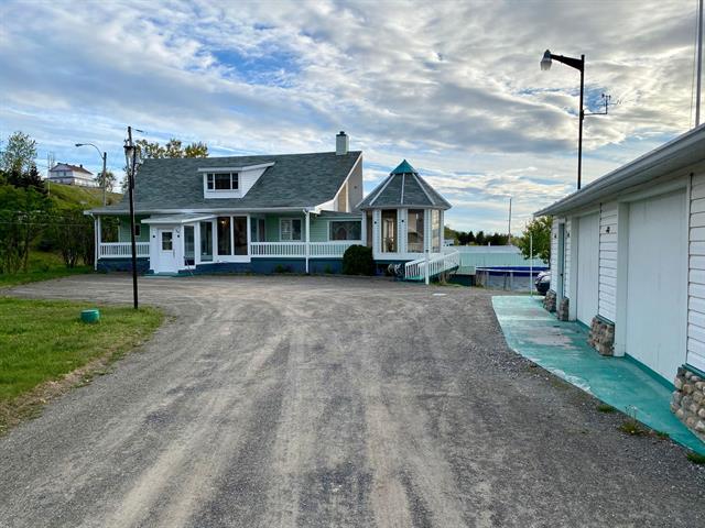 House for sale in Grand-Métis, Bas-Saint-Laurent, 384, Route  132, 10285706 - Centris.ca