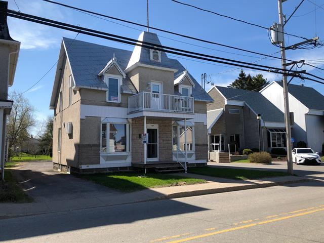 Duplex for sale in Saint-Stanislas (Mauricie), Mauricie, 1280 - 1290, Rue  Principale, 22772105 - Centris.ca