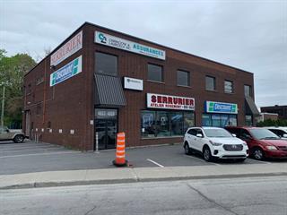 Commercial unit for rent in Montréal (Saint-Léonard), Montréal (Island), 4823, boulevard  Métropolitain Est, 12706383 - Centris.ca