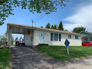 Maison à vendre à Mont-Laurier, Laurentides, 555, 1re Avenue, 26263114 - Centris.ca