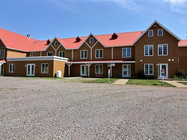 Condo / Apartment for rent in Saguenay (Lac-Kénogami), Saguenay/Lac-Saint-Jean, 3743, Chemin des Érables, 15897626 - Centris.ca