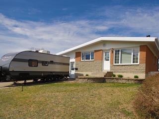 House for sale in Baie-Comeau, Côte-Nord, 797, Rue  Henri, 21934916 - Centris.ca