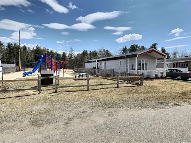 Maison mobile à vendre à Dolbeau-Mistassini, Saguenay/Lac-Saint-Jean, 152, Rue  Devin, 18538030 - Centris.ca