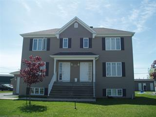 Triplex for sale in Les Coteaux, Montérégie, 201, Rue  Richer, 24496404 - Centris.ca