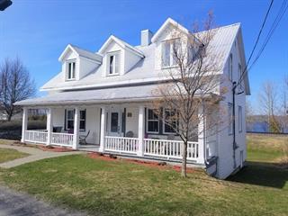 Maison à vendre à Val-Brillant, Bas-Saint-Laurent, 2, Rue  Saint-Pierre Ouest, 25013485 - Centris.ca
