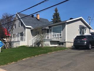Triplex à vendre à Saint-Apollinaire, Chaudière-Appalaches, 26, Rue  Rousseau, 23628288 - Centris.ca