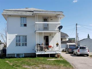 Triplex for sale in Saguenay (Jonquière), Saguenay/Lac-Saint-Jean, 3878 - 3882, Rue  Saint-Laurent, 19063320 - Centris.ca