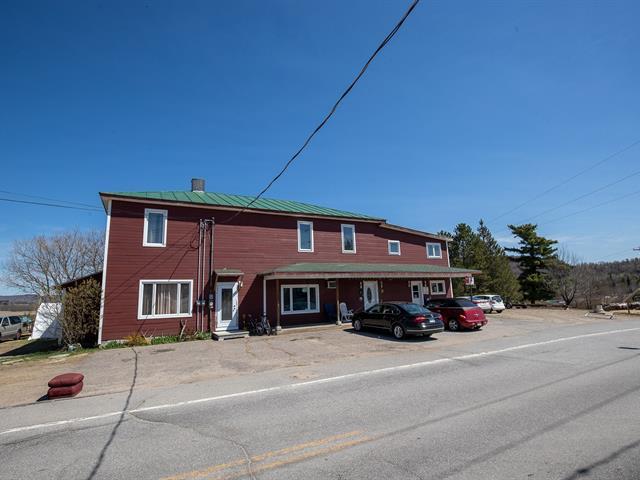 Quadruplex for sale in Kiamika, Laurentides, 1, Rue  Principale, 13279740 - Centris.ca