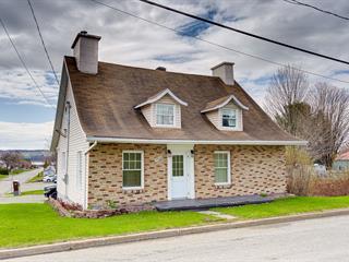 Maison à vendre à Sainte-Anne-de-Beaupré, Capitale-Nationale, 9028, Avenue  Royale, 16247966 - Centris.ca