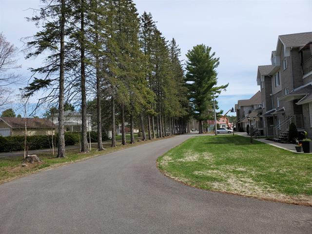 Lot for sale in Saint-Charles-Borromée, Lanaudière, Rue de la Visitation, 26156079 - Centris.ca