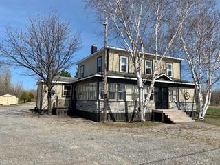 Maison à vendre à Pointe-à-la-Croix, Gaspésie/Îles-de-la-Madeleine, 72, boulevard  Inter-Provincial, 27235210 - Centris.ca