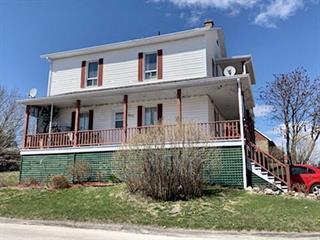 Duplex à vendre à Alma, Saguenay/Lac-Saint-Jean, 905, Rue  Gagné, 23920767 - Centris.ca