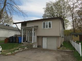 House for sale in Pointe-Calumet, Laurentides, 189, Avenue  René, 23294401 - Centris.ca