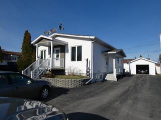 Triplex à vendre à La Sarre, Abitibi-Témiscamingue, 37, Rue  Lavoie, 9648802 - Centris.ca