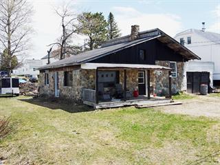 Chalet à vendre à Saint-Magloire, Chaudière-Appalaches, 14, Rue  Goulet, 10133675 - Centris.ca