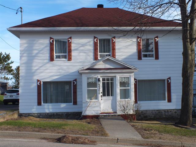House for sale in Les Éboulements, Capitale-Nationale, 2308, Route du Fleuve, 14913166 - Centris.ca