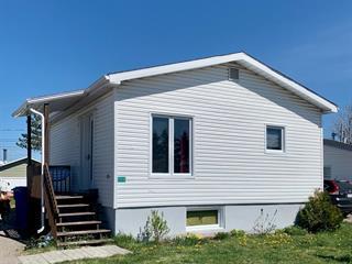 Mobile home for sale in Saint-Félicien, Saguenay/Lac-Saint-Jean, 1304, Rue  Blouin, 23474602 - Centris.ca