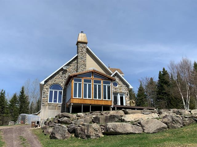 Fermette à vendre à Sainte-Euphémie-sur-Rivière-du-Sud, Chaudière-Appalaches, 321A, Rang  Sainte-Anne Est, 21028589 - Centris.ca