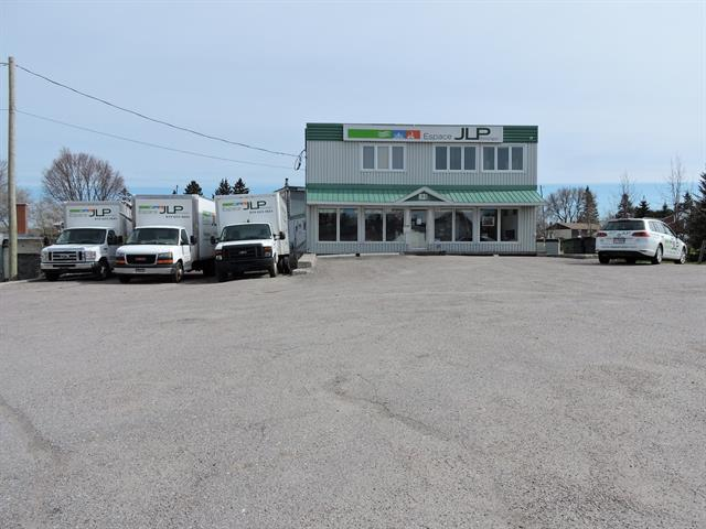 Commercial building for sale in Mont-Laurier, Laurentides, 821, Rue des Carrières, 19891870 - Centris.ca