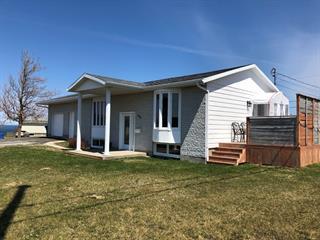 Maison à vendre à Matane, Bas-Saint-Laurent, 100, Route des Pommiers, 21044529 - Centris.ca