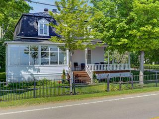House for sale in Sainte-Pétronille, Capitale-Nationale, 8286, Chemin  Royal, 10019454 - Centris.ca