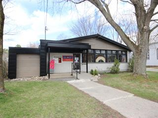 Duplex for sale in Kingsey Falls, Centre-du-Québec, 6, Rue  Caron, 10491156 - Centris.ca