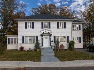 Maison à vendre à Rimouski, Bas-Saint-Laurent, 259, Rue  Sainte-Marie, 15242670 - Centris.ca