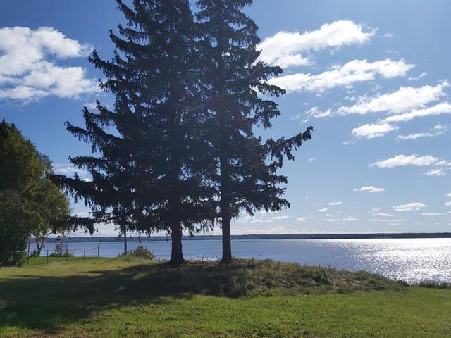 Terrain à vendre à Champlain, Mauricie, Avenue  Marchand, 25516557 - Centris.ca