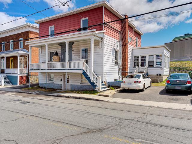 Triplex à vendre à Lévis (Desjardins), Chaudière-Appalaches, 107 - 109B, Rue  Wolfe, 19191305 - Centris.ca