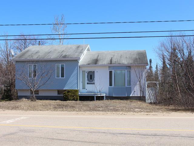 Maison à vendre à Les Escoumins, Côte-Nord, 12, Rue  Saint-Marcellin Ouest, 18552605 - Centris.ca