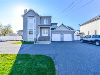 Maison à vendre à Carignan, Montérégie, 3407 - 3409, Rue  Bouthillier, 12330551 - Centris.ca