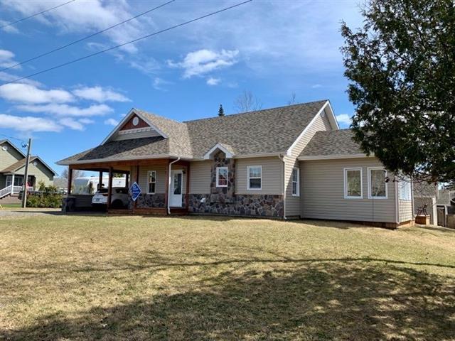 Maison à vendre à New Richmond, Gaspésie/Îles-de-la-Madeleine, 137, 9e Avenue, 12408712 - Centris.ca