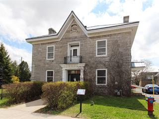 Immeuble à revenus à vendre à Chambly, Montérégie, 2400, Avenue  Bourgogne, 21202312 - Centris.ca