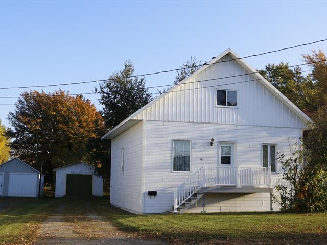 Maison à vendre à Montmagny, Chaudière-Appalaches, 46, Chemin des Cascades, 21964440 - Centris.ca