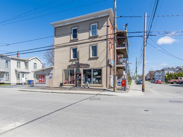 Commerce à vendre à Magog, Estrie, 299Z, Rue  Saint-Patrice Est, 26230122 - Centris.ca