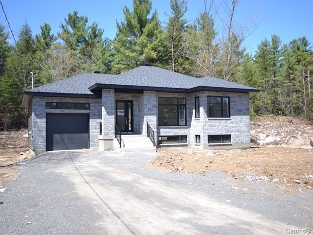 House for sale in Lachute, Laurentides, Rue  Non Disponible-Unavailable, 25623823 - Centris.ca