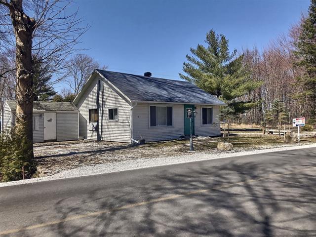 Maison à vendre à Noyan, Montérégie, 801, Chemin  Bord-de-l'eau Sud, 28012692 - Centris.ca