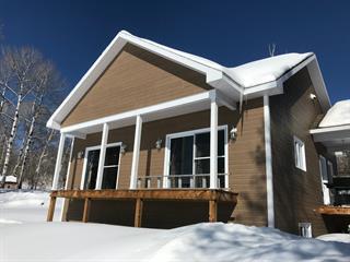 Cottage for sale in Saint-Aimé-des-Lacs, Capitale-Nationale, 23, Chemin du Pied-des-Monts, 21906328 - Centris.ca