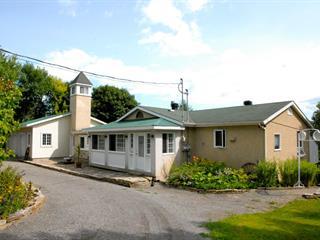 Triplex à vendre à Saint-Placide, Laurentides, 1423 - 1427, Route  344, 25429673 - Centris.ca