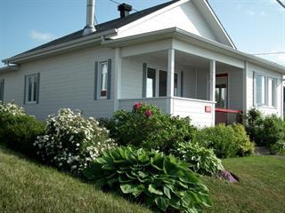 Maison à vendre à Sainte-Anne-des-Monts, Gaspésie/Îles-de-la-Madeleine, 489, 1re Avenue Est, 27916926 - Centris.ca